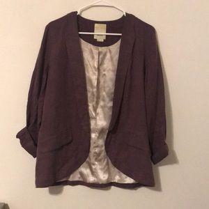 Slimming and fashionable blazer